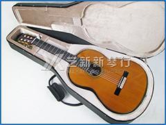 YAMAHA GC22C 手工全单板雪松古典吉他