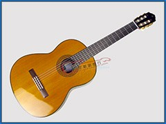 YAMAHA CG192C 单板雪松古典吉他